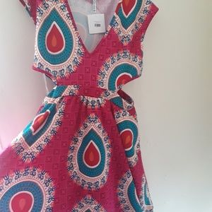 Dresses & Skirts - Lovely African inspired print dress with side cut
